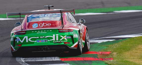 gbe sponsors tom sharp racing porsche 911 GT3